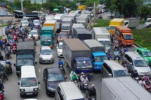 Quy định cấm xe tải vào tphcm